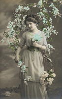Vintage Ladies Cabinet Cards (115)