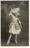 Vintage Ladies Cabinet Cards (141)
