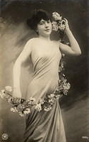 Vintage Ladies Cabinet Cards (182)
