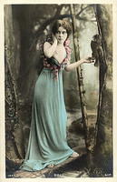 Vintage Ladies Cabinet Cards (190)