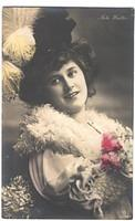 Vintage Ladies Cabinet Cards (307)