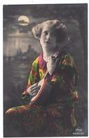 Vintage Ladies Cabinet Cards (323)