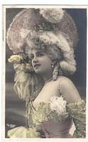Vintage Ladies Cabinet Cards (35)