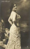 Vintage Ladies Cabinet Cards (64)